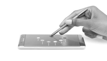Samsung calcula que perderá 3.000 millones de dólares de beneficios en los dos próximos trimestres por la crisis del Note 7