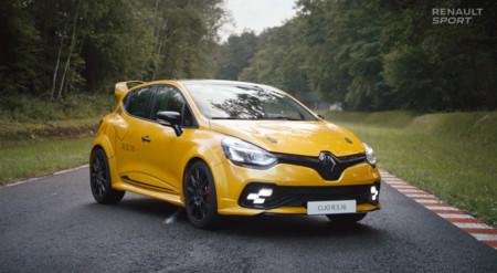 Renault sigue poniéndonos los dientes largos con el Renault Clio R.S.16: ¿estará en París?