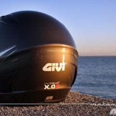 Foto 4 de 38 de la galería givi-x-09-prueba-del-casco-modular-convertible-a-jet en Motorpasion Moto