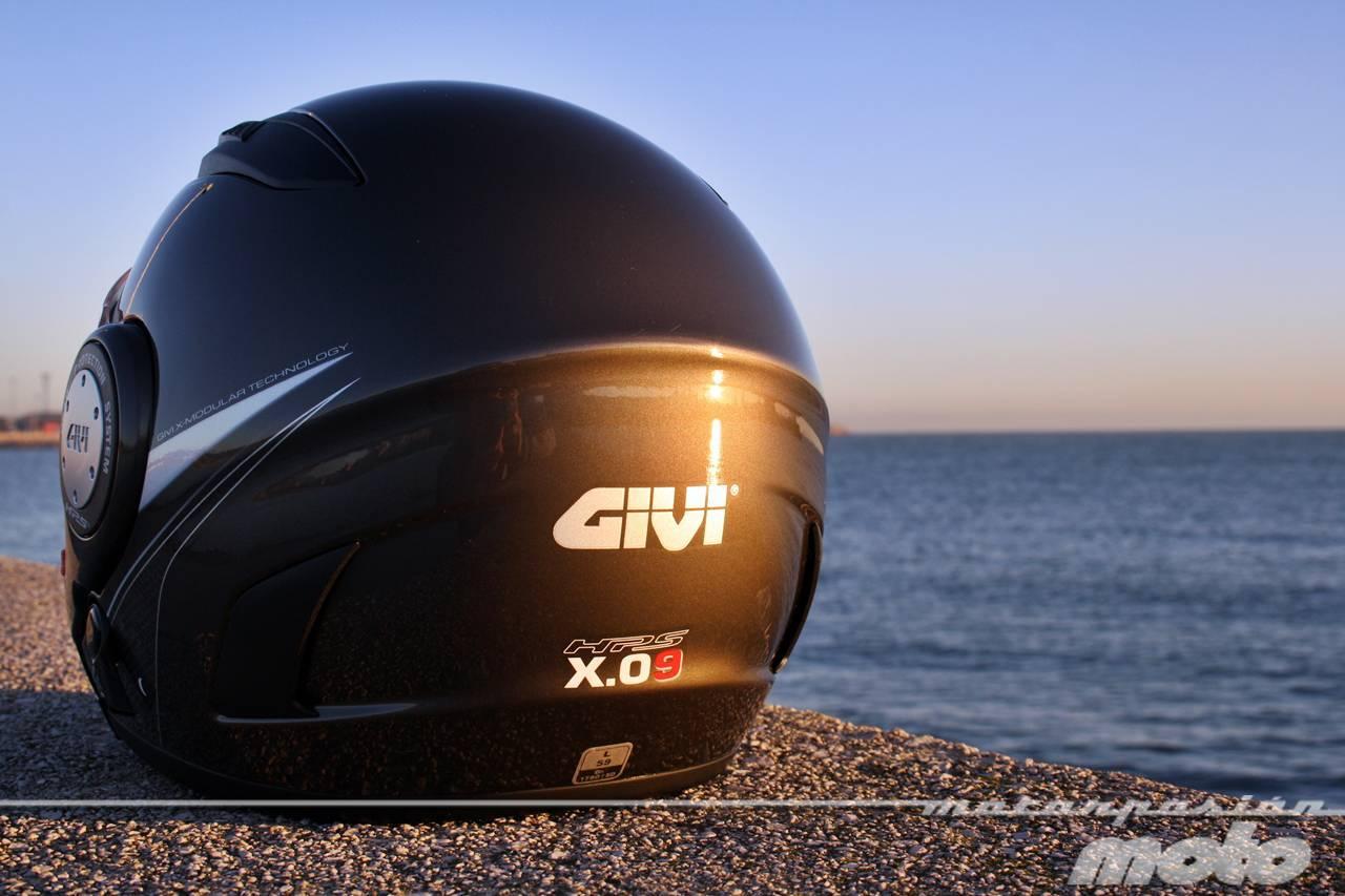 Foto de GIVI X.09, prueba del casco modular convertible a jet (4/38)