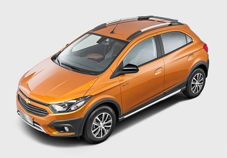 Ya está en Colombia el nuevo Chevrolet Onix Activ: precio y disponibilidad