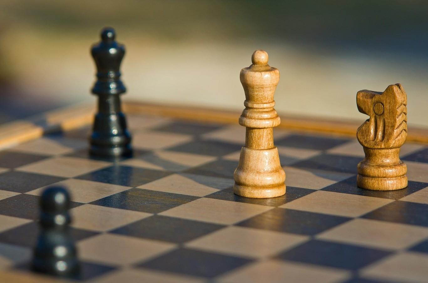 """Si no te gusta el ajedrez tradicional, aquí tienes 14 """"forks"""" del juego que conquista a medio mundo"""
