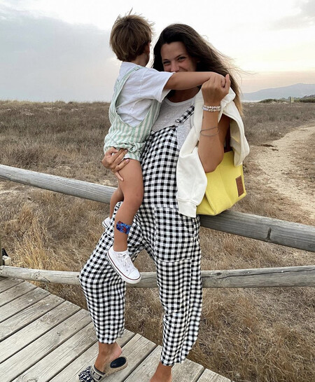 Laura Matamoros con el pequeño Mati