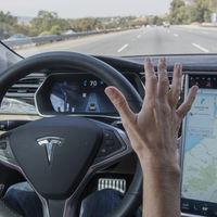 El Autopilot 3.0 de Tesla será aún más humano y dejará de usar el carril derecho de las autopistas [inocentada]