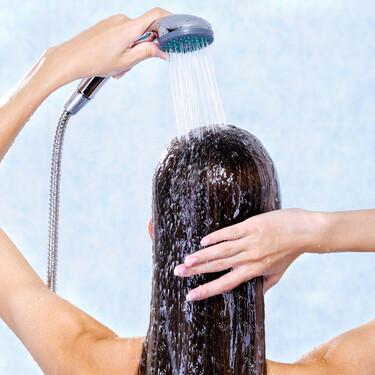11 champús para pelo graso ideales para usar en el embarazo