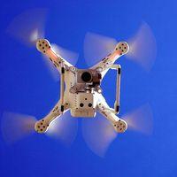 Morena propone que los delitos cometidos con ayuda de drones se castiguen con hasta un año de cárcel en CDMX