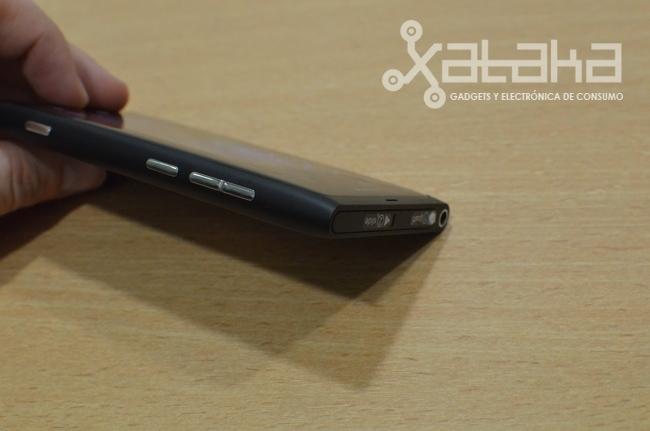 Foto de Nokia Lumia 800 prueba hardware (15/15)