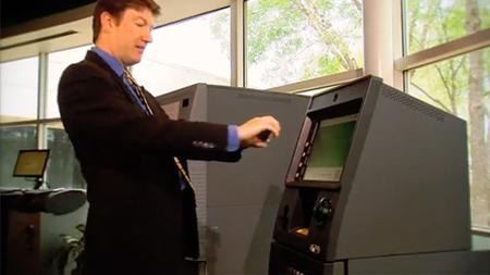 NCR desarrolla un sistema de retirada de dinero en cajeros automáticos mediante smartphones y códigos QR