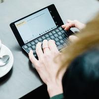 El Nokia Communicator tiene un llamativo sucesor: se llama Cosmo Communicator y permite arranque DUAL