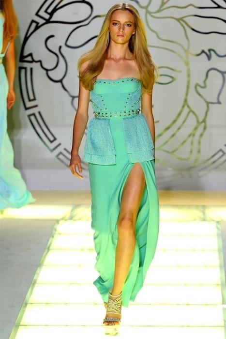 Foto de Versace Primavera-Verano 2012 (40/44)