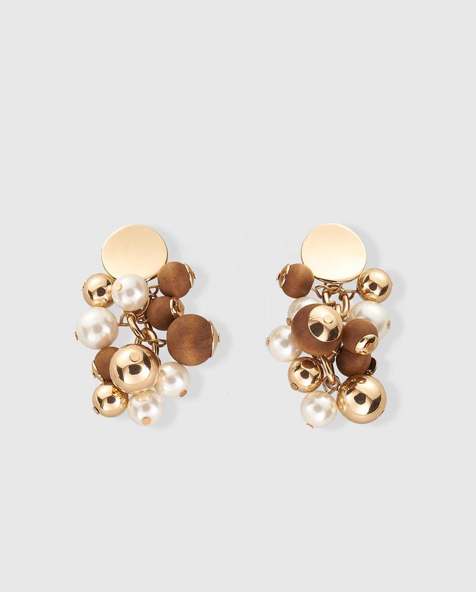 Pendientes de borlas con perlas y madera de Gloria Ortiz
