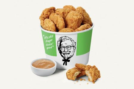 """Llega el pollo que no es pollo: KFC se suma a la moda de la carne de mentira y empezará a ofrecer """"pollo frito vegetariano"""""""