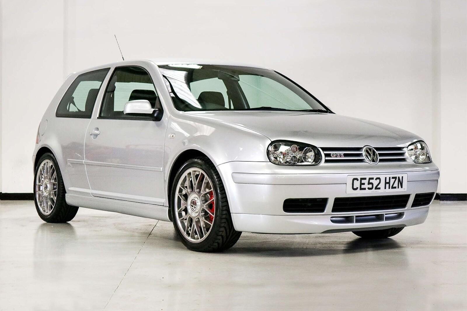 Foto de Volkswagen GTI MK4 25 aniversario a subasta (2/20)