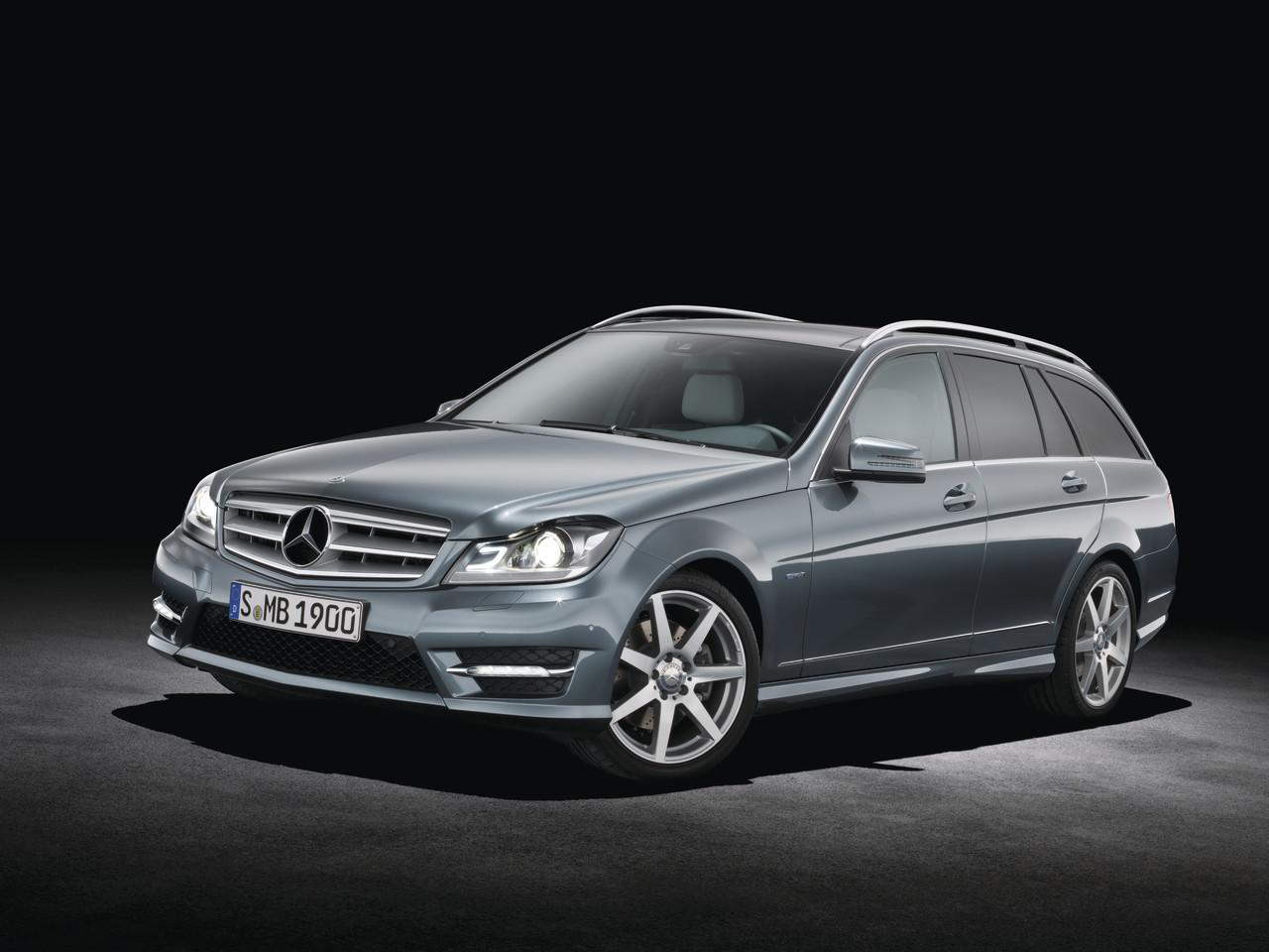 Mercedes benz clase c 2011 40 48 for Mercedes benz clase c