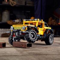 El Jeep Wrangler Rubicon de LEGO es un perfecto 4x4 a escala, más pequeño y barato que el Land Rover Defender