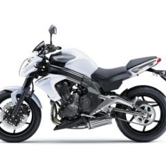 Foto 66 de 77 de la galería kawasaki-er-6n-2012-divertida-facil-y-con-estilo en Motorpasion Moto