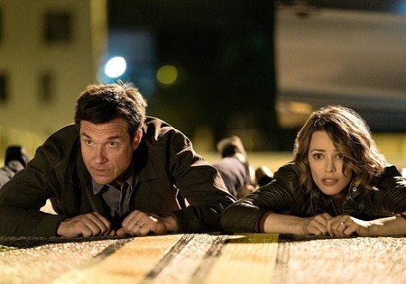 Tráiler de 'Noche de juegos': Jason Bateman y Rachel McAdams tienen que resolver un cómico misterio