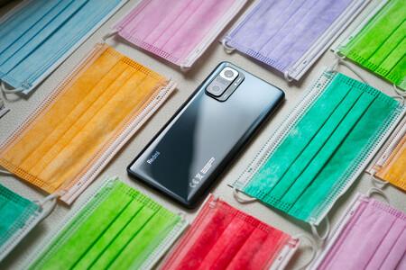 Guía de compra de accesorios para el Xiaomi Redmi Note 10 Pro: fundas, protectores de pantalla y más