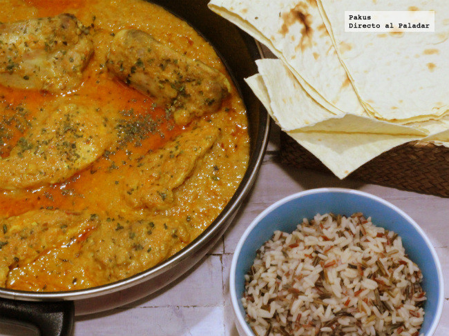 butterchicken curry presentado