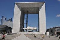 El Gran Arco de la Defensa (París), cerrado por problemas con los ascensores