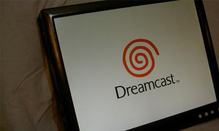 Reyes del Modding: La maravillosa DreamCast convertida en Tablet