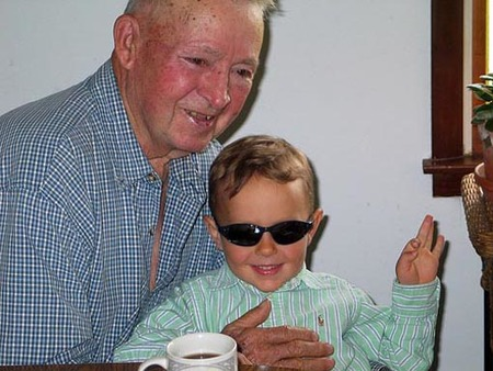 abuelo-y-nieto.jpg