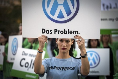 greenpeace protesta contra Volkswagen