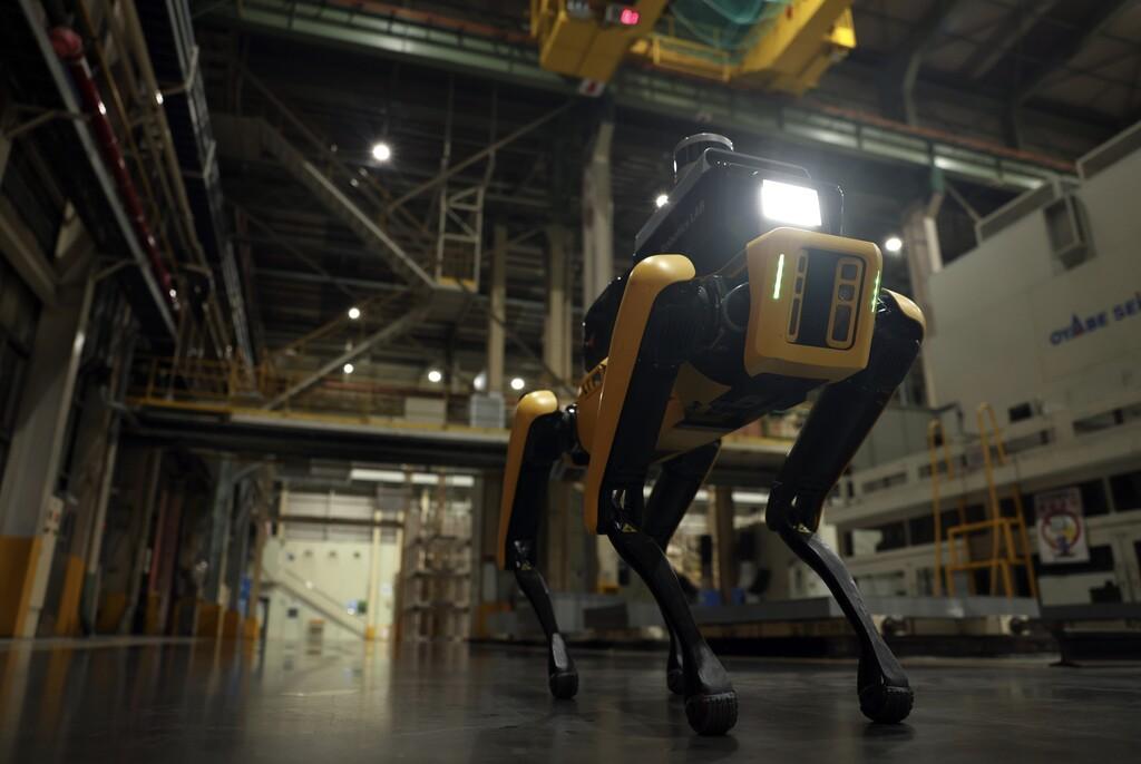 A Spot de Boston Dynamics le encuentran un nuevo trabajo: inspector de seguridad en fábricas