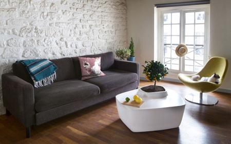 Dos mesas para convertir tu salón en un jardín