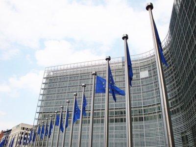 Bruselas en defensa del consumidor: España debe eliminar las clausulas suelo