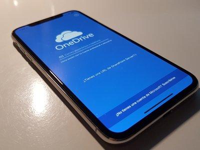 OneDrive se actualiza en iOS con soporte para Face ID aprovechando la llegada a las tiendas del iPhone X
