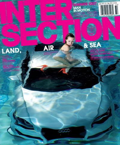Sesión de fotos en la piscina: chica guapa, agua y un Audi TT