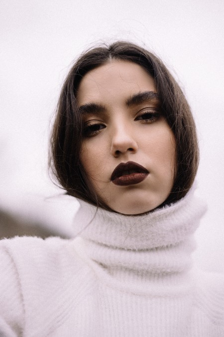 Woman Wearing White Turtleneck Sweater 3373341