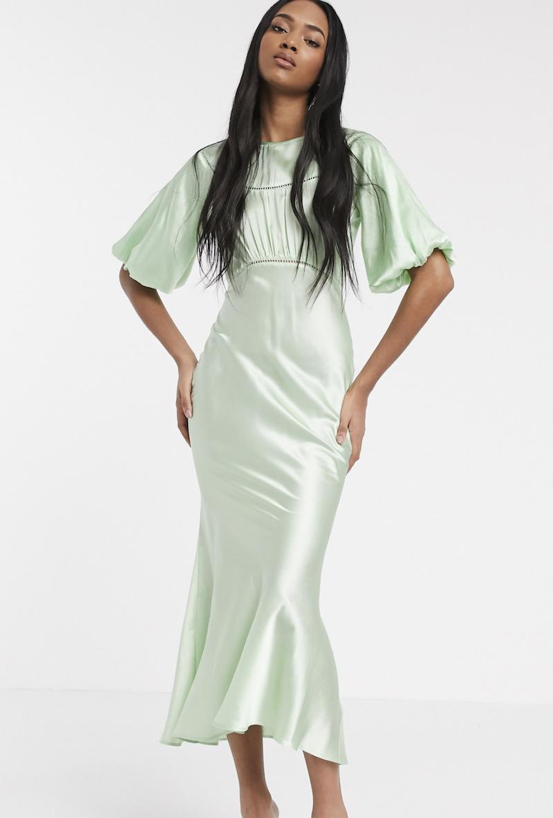 Vestido midi de tarde de satén con aplicaciones de encaje en verde de ASOS DESIGN