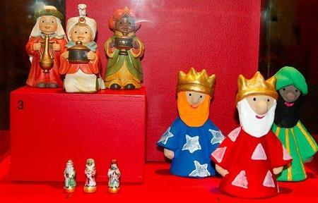 Arrastrando latas para que los Reyes Magos no pasen de largo