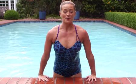 Cinco ejercicios para quemar calorías y trabajar todo el cuerpo en la piscina