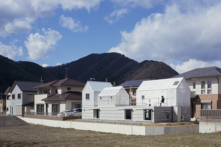 Casas poco convencionales: viviendo en pequeños invernaderos
