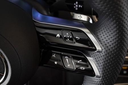Mercedes Benz Clase E 2020 Prueba Contacto 133
