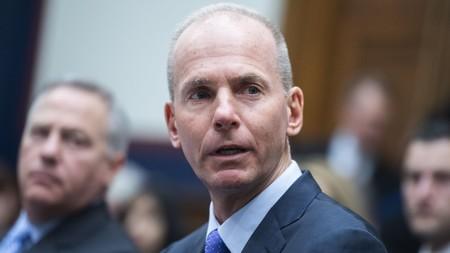 """El CEO de Boeing """"dimite"""", confirmando así la crisis de la compañía y sus 737 MAX"""