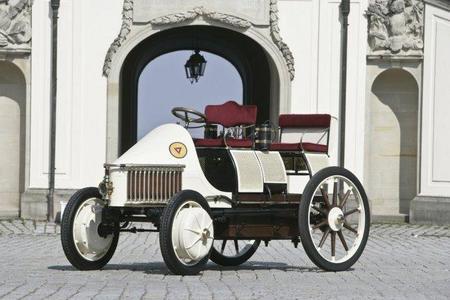 Lohner-Porsche Semper Vivus en el museo Porsche