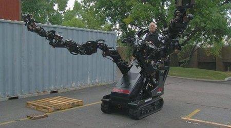 Ingenieros de Utah muestran un impresionante exoesqueleto robótico para labores de construcción