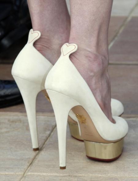 Kirsten Dunst y sus Charlotte Olympia