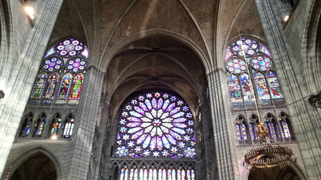 El sepulcro de los reyes franceses, la Catedral de St.Denis en París