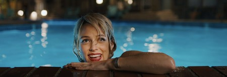 Under The Silver Lake 01