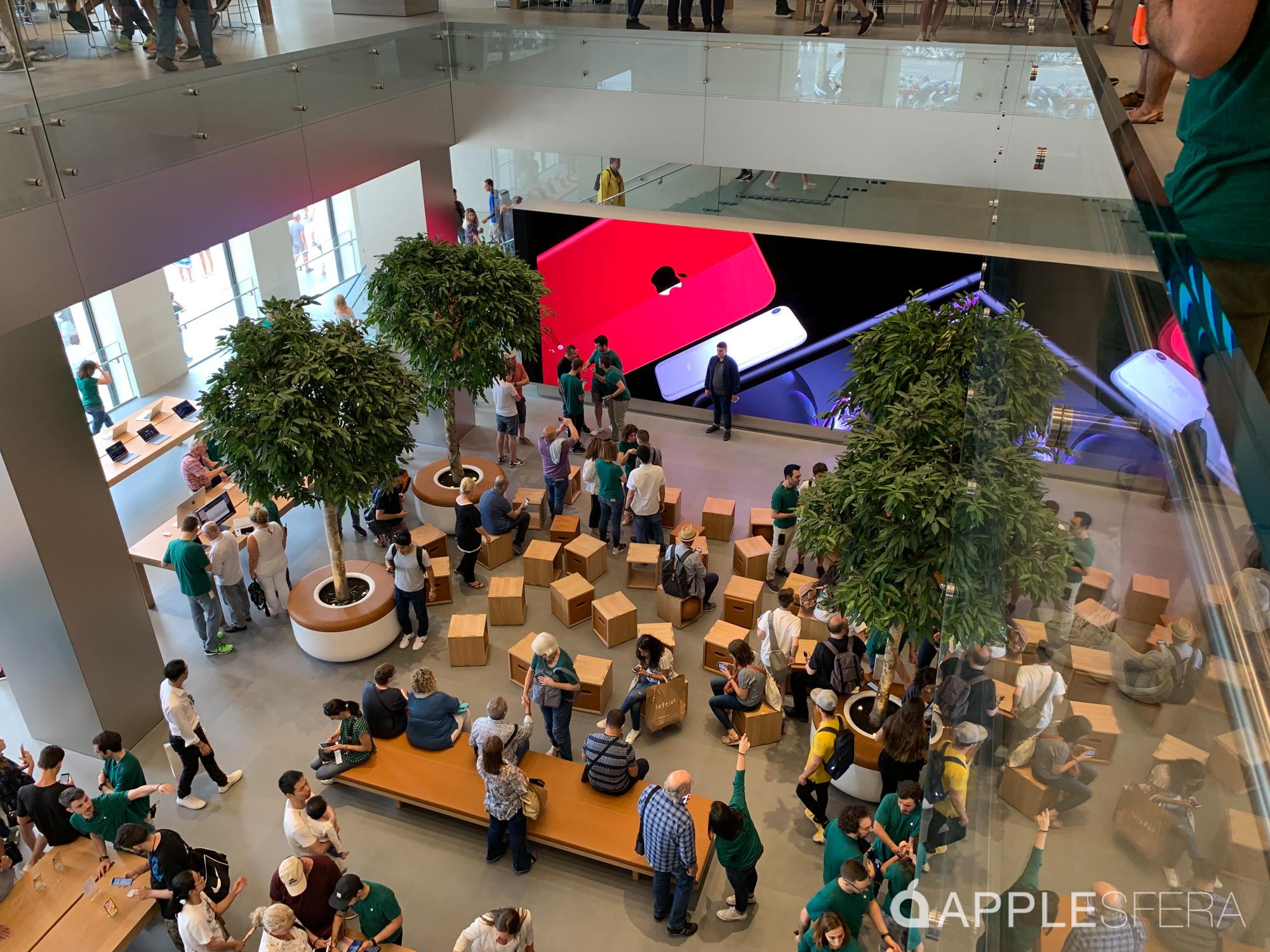 Foto de Apple Store Passeig de Gràcia (18/28)