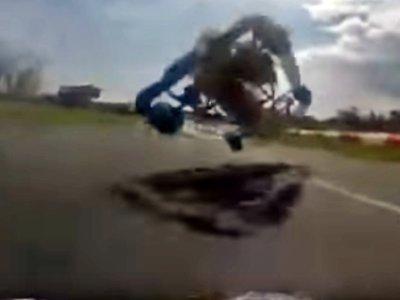 Mario Kart en la vida real, o el mejor adelantamiento que habrás visto jamás