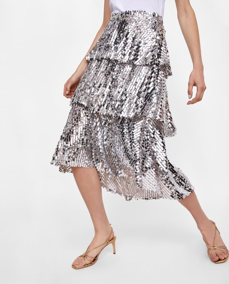 La falda de lentejuelas de Zara de la que todo el mundo habla