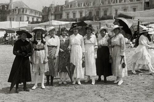 ¿Dónde veraneaban las influencers de hace cien años?