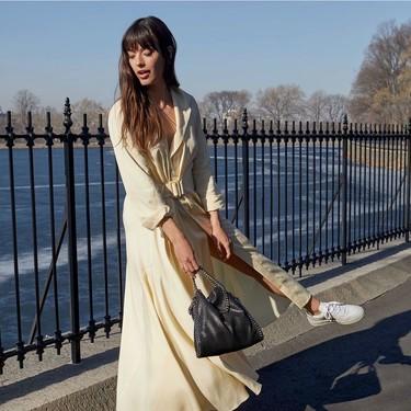 El bolso de cadenas más deseado de este otoño está en piel en Zara y en Amazon y no vas a saber cuál te gusta más