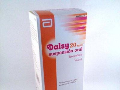 El jarabe de ibuprofeno 'Dalsy' podría estar omitiendo en el prospecto algunos efectos secundarios